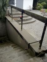 Pflasterung Granit, Holzterasse